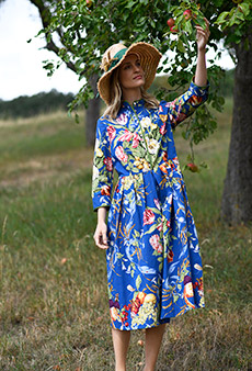 Dress flowers and fruits, blue