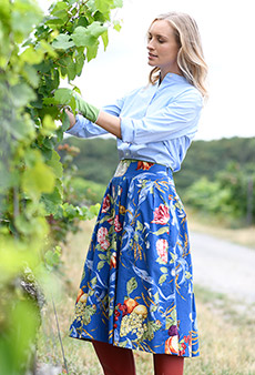 Skirt flowers and fruits, blue