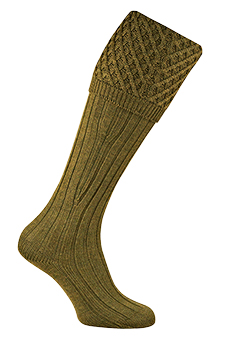Gunsocks cable stitch, old sage